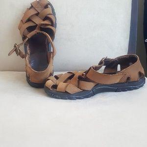 Teva sandals.  Sz 7.5?